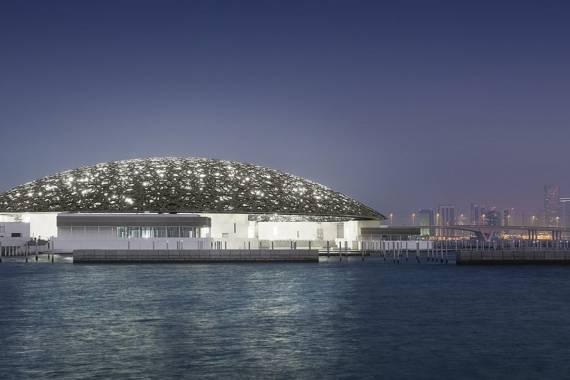Louvre Abu Dhabi – Kunstgenuss der Extraklasse am Arabischen Golf