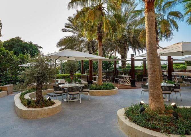 Outdoor Dining Mazi Abu Dhabi
