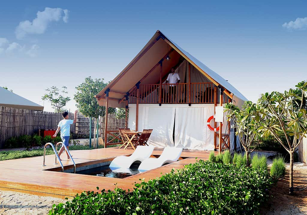 Deluxe Pool Tent