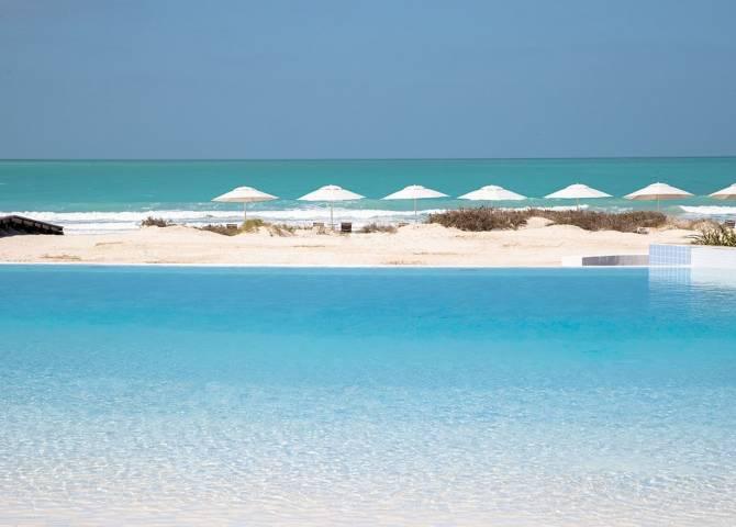 Saadiyat Strand und Pool