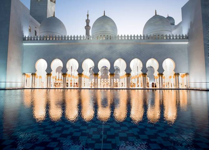 Innenraum Moschee Abu Dhabi