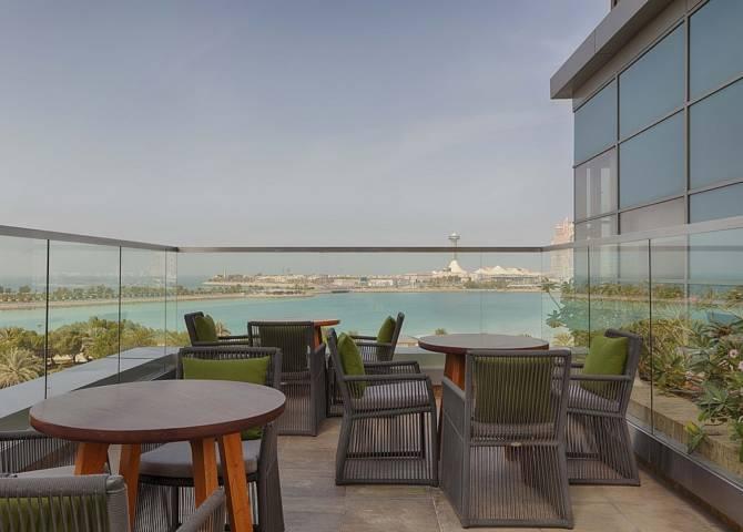 Azura Panoramic Lounge Abu Dhabi